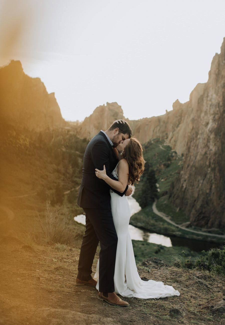 adventurous smith rock elopement with oregon wedding photographer naomi levit
