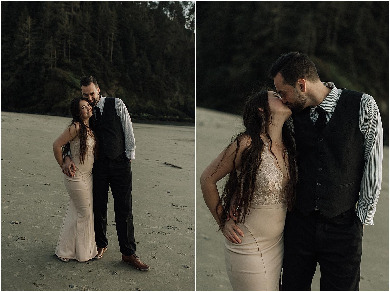 heceta head lighthouse beach elopement with oregon wedding photographer naomi levit