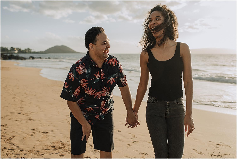 surprise beach engagement proposal in wailea hawaii with maui wedding photographer naomi levit