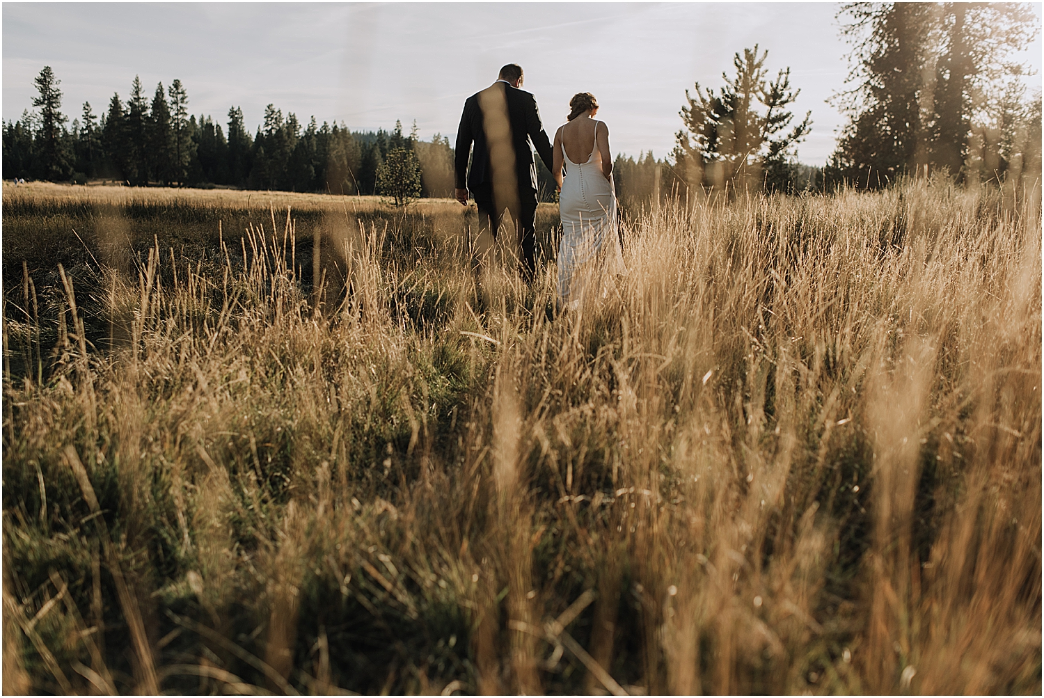 how to elope in oregon with wedding photographer naomi levit